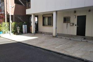 仲六郷4-33 鈴木駐車場